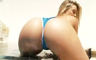 blond alexis texas has that good butt she uses to