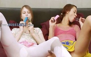 russian girl4girl playing with bodies