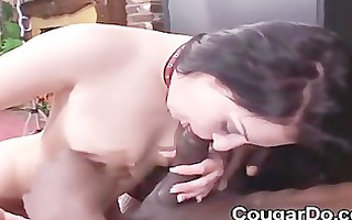 hot mommy engulf off large darksome schlongs