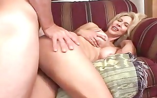 sexy mother i thinks she is can not be a model -