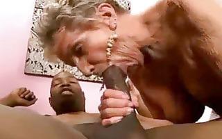 granny oral-stimulation cumpilation