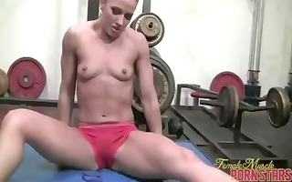 body builder inari vachs works out on a large