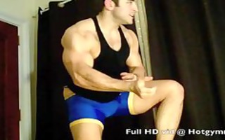 wrestling cum with hairy muscle stud!