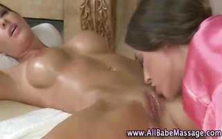 lesbo pussy licked by masseuse