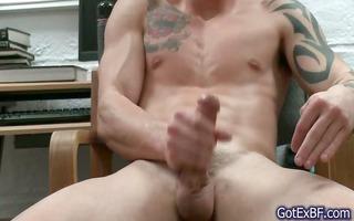 astonishing muscled and tattoed hunk jerking part4