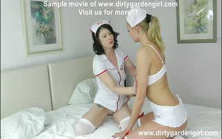 sexy nurses plays with bizarre xxl speculum and
