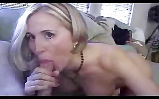 kinky d like to fuck spreads her bawdy cleft lips