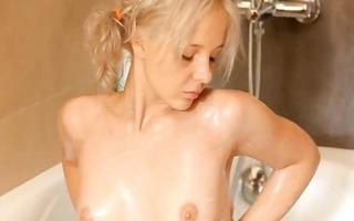 shaving of fine 18yo blonde pussy
